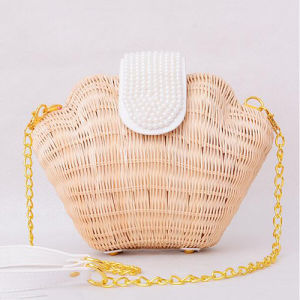 2017 New Style High Quality Straw Travel Bag Girls Summer Shoulder Bag with Chain T109 pictures & photos
