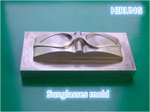 Durable Mould Making Screw Hole Drilling HS Series HS-T5 pictures & photos