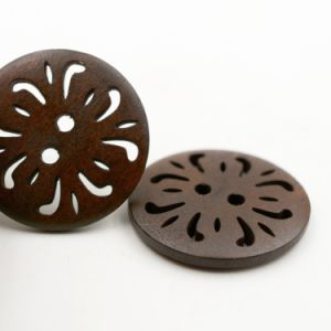 Nature Flat Back Style Hollow out Wooden Buttons for Shirt pictures & photos