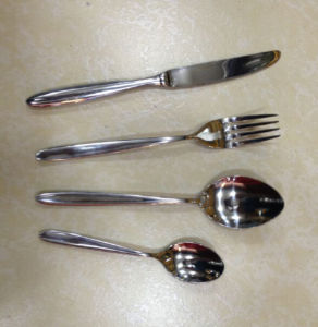 Stainless Steel Spoon/Fork/Knife Set pictures & photos