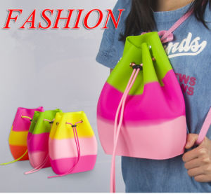 2017 New Fashionable Kid Colorful Silicon Backpack pictures & photos