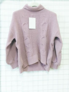 Turtleneck Pink Thick Sweater for Women pictures & photos