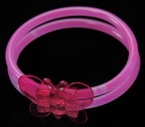 Glow Bracelet with Butterfly (HDD5200) pictures & photos