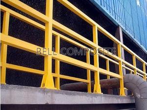 FRP Handrails/Building Material/Fiberglass Guardrail/Barrier Systems pictures & photos