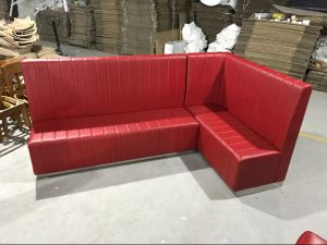 L Shape Restaurant Corner Sofa Booth in Red Color (FOH-CBCK12) pictures & photos