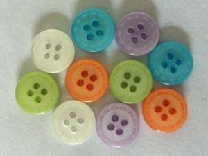 2 Holes Flower Shape Kids Garment Shirt Button pictures & photos