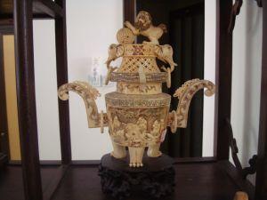 Antique Ivory Sculpture -7