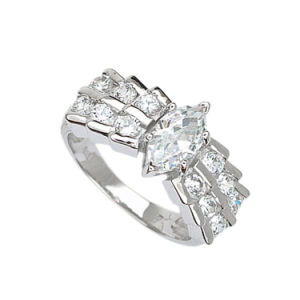 Shinning Women Clear Marquise CZ Ring with White Gold Plated