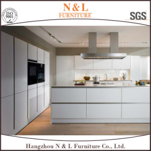 Hangzhou N&L Customized Lacquer Wood Kitchen Cabinet Design pictures & photos
