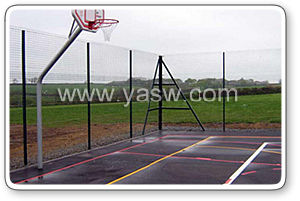 Hot-Dipped Galvanized Sports Wire Mesh Chain Link Fence (Anjia-054) pictures & photos