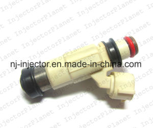 Denso Fuel Injector Inp774 for Suzuki pictures & photos