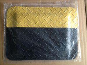 3layers Rubber PVC Anti-Fatigue Mat pictures & photos