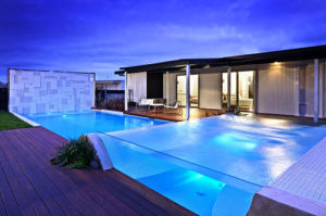 2015 Popular Acrylic Glass Swimming Pool pictures & photos