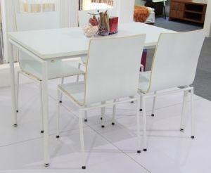 4 People Modern Dining Table and Chair pictures & photos