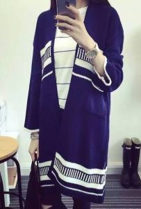Striped Jacquard Knit Cardigan Loose, Casual Sweater Coat Long Section of Female (BTQ120) pictures & photos