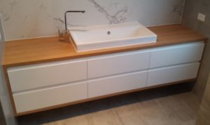 Modern New Design Solid Wood Bathroom Furniture pictures & photos