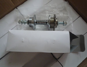 New Steel Axle with 14t Freewheel for Kinds of Bicycle pictures & photos