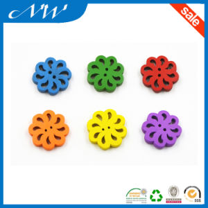 Natural Wooden Flower Shaped Button with Painting Color pictures & photos