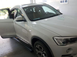 BMW- X4 Electric Side Step for The Older and Children pictures & photos