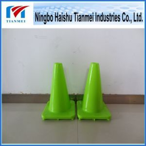 30 Cm Height Green PVC Road Safety Cone, Traffic Cone pictures & photos