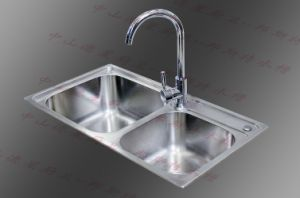 Double Bowl Stainless Steel Kitchen Sink (8143) pictures & photos