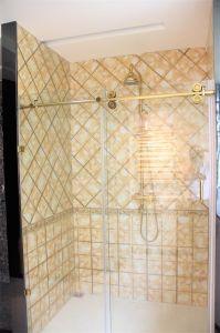 Hot Designs Shower Room Set (SR-018) pictures & photos