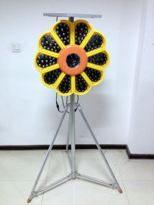 Solar Revolving Light with 140PCS Bright LED pictures & photos