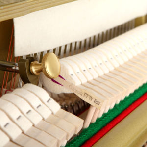 Piano Manufacture up Piano 125cm pictures & photos