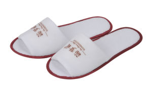 Open Toe Print Red Logo White Terry Hotel Slipper with 3mm EVA Sole pictures & photos
