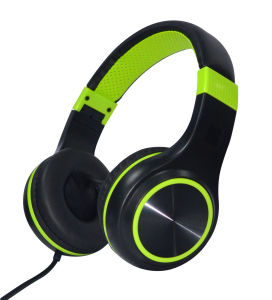 Latest Fashion Colorful Music Headphone, Fashionable, with Microphone pictures & photos
