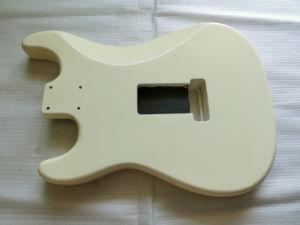 Vintage Cream Nitro Satin Finished Ssh St Guitar Body pictures & photos