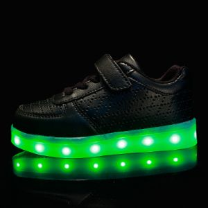 Hot Selling 2016 Breathable PU Leather Kids Sport Shoe LED Light Reachargeable Battery High Quality Shoes pictures & photos