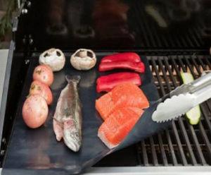 PTFE Fiberglass BBQ Grill Baking Mat pictures & photos