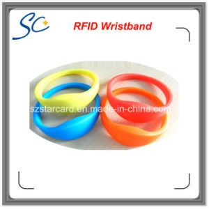 Hf 13.56MHz Waterproof Silicone RFID Wristband pictures & photos