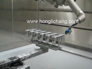 Painting Room in Car Spare Parts Robotic Painting Shop pictures & photos