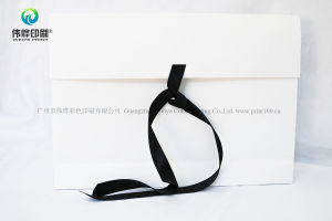 White Paper Packing Bag with Black Handle for Documents pictures & photos