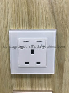 BS Style White Gold USB Socket Glass Wall Socket pictures & photos