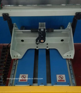 CNC Hydraulic Press Brake, Bending Machine with Da-52s System Pbh-250t/3200 pictures & photos