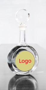 Flint Glass Bottle for Vodka Beverage Packing with Decorations pictures & photos