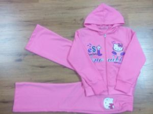 Girl Children′s Sports Suit for Kids Clothes pictures & photos