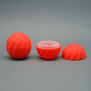 4.5g Cheap Price Oval Lip Balm Container Lipstick pictures & photos