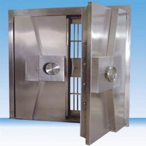 Durable Bank and Commercial Safety Vault Door Used Stainless Steel Security Bank Vault/Explosive Safe pictures & photos