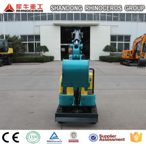 Function Mini Excavator 0.8ton Rubber Track Digger Small Digger for Sale pictures & photos