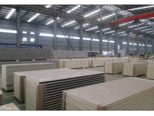 Good Quality PU Sandwich Panels for Building Materials pictures & photos