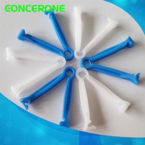 Disposable Sterile Umbilical Cord Clamp for Single Use pictures & photos