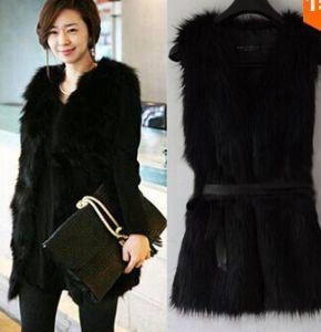 2015 New Women Winter Faux Fake Fur Vests Fashion Warm Sleeveless Plus Size Vest Jacket Coat with Waistcoat Outwear Black/White pictures & photos