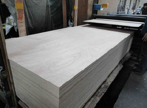 Cheap Plywood with Good Quality pictures & photos