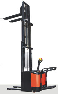 Electric Stacker with CE Certificate (FSEM) pictures & photos