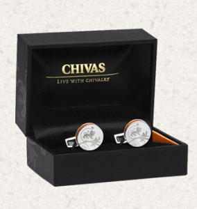 Top Grade Shirt Buttons Gift Box with Spot UV Logos pictures & photos
