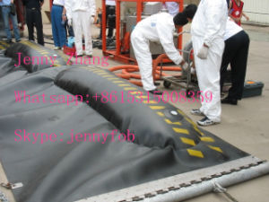 Oil Spill Containment Boom, Rubber Oil Booms, PVC Oil Boom pictures & photos